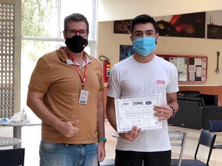 Luiz Fernando e prof Leo robótica hortolândia