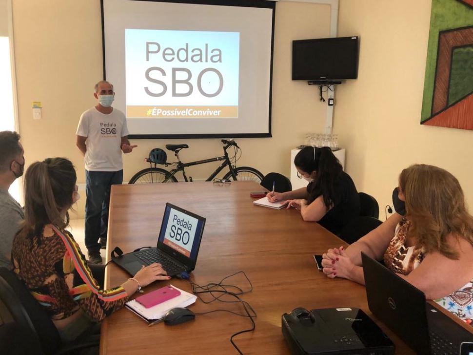 Sesi Santa Bárbara recebe palestra com o coletivo Pedala SBO