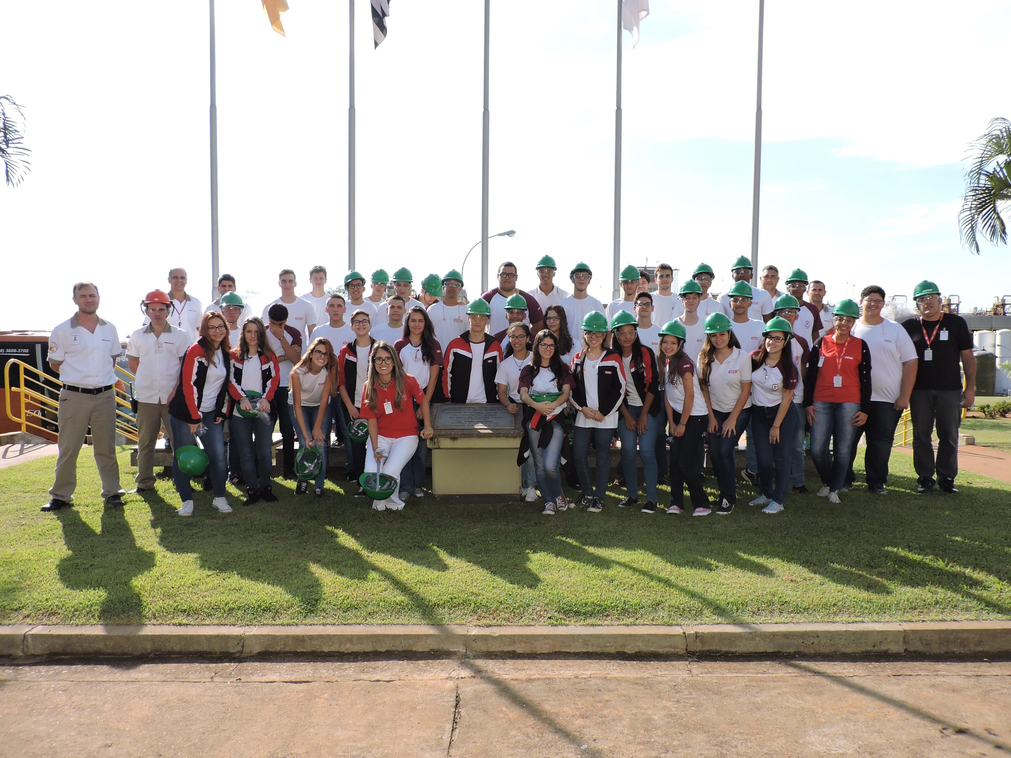 65c545bca Dia da Indústria na Escola SESI de Guararapes