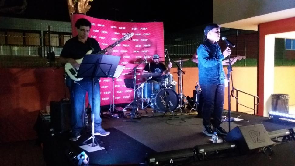 Ericky Mariano agita noite de premiação dos Jogos do SESI em Araçatuba