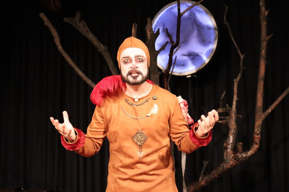 """SESI Birigui recebe neste final de semana o espetáculo """"Esperando Godot"""""""