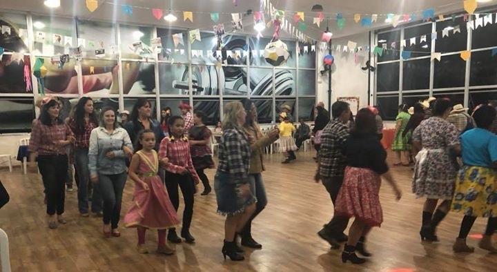 Diversão, alegria, dança, boa comida e amigos fazem parte da Festa Caipira 2018