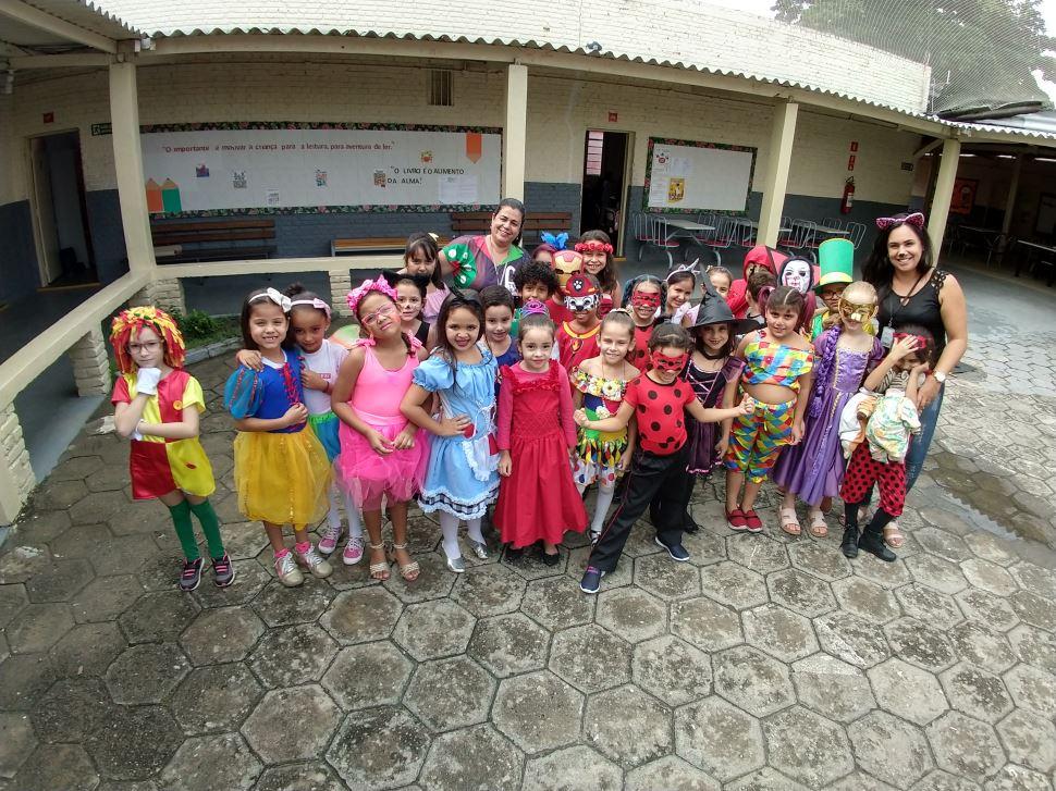 Alegria e diversão no Carnaval das escolas SESI Cruzeiro e Lorena