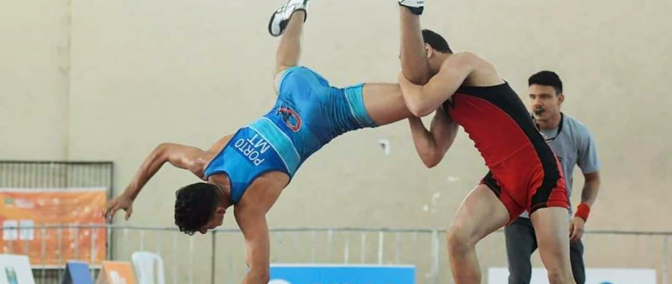 Atleta do rendimento de luta olímpica do SESI-SP se destaca nos Jogos Escolares da Juventude Wrestling