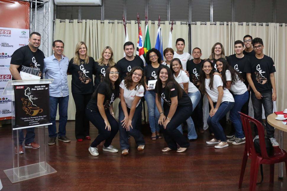 II Café Filosófico é realizado no SESI Presidente Epitácio