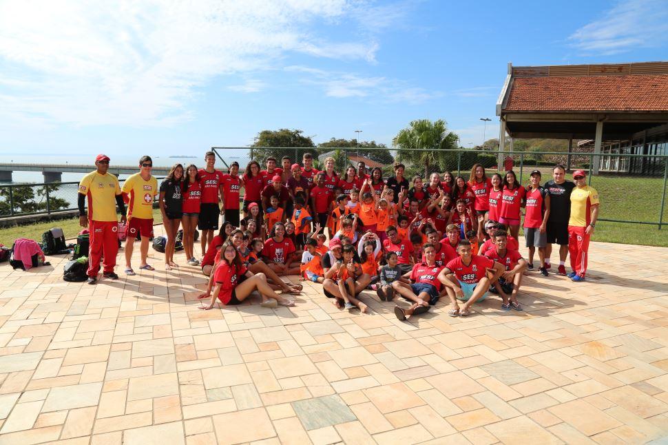 SESI Presidente Epitácio recebe mais de 150 atletas e treinadores para pré-temporada de natação