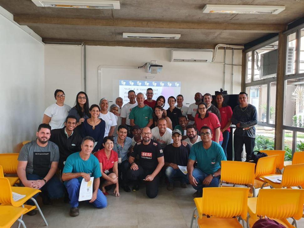 Oficina de Introdução a Língua Brasileira de Sinais no SESI Ribeirão Preto