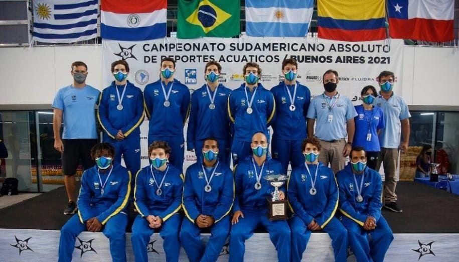Atletas formados no Sesi Ribeirão Preto conquistam vice-campeonato no Sul-Americano de Polo Aquático