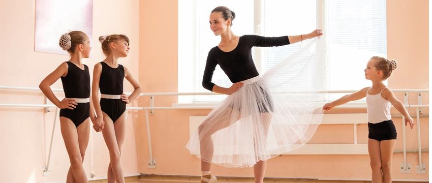 Aulas de Balé e Jazz para crianças retornam no dia 4 de fevereiro