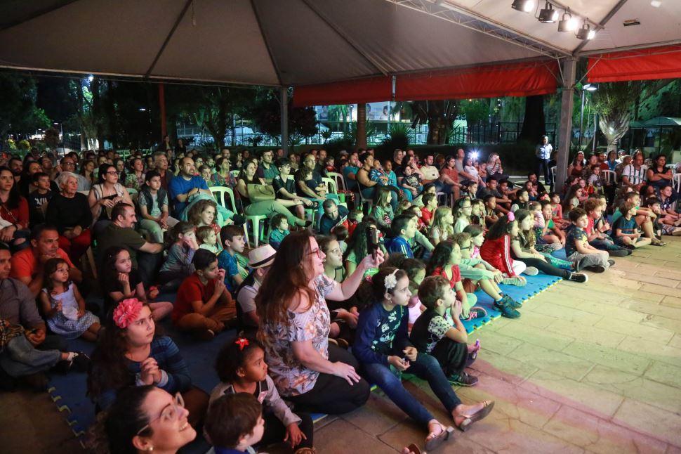 Veja as fotos do espetáculo De Lucca Circus Show