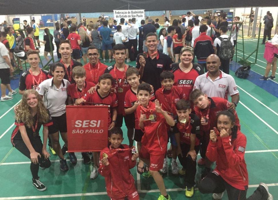 Atletas do SESI São José do Rio Preto lideram ranking estadual de Badminton