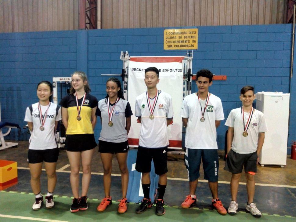 Equipe de badminton do SESI Rio Preto garante vaga nos Jogos Escolares da Juventude
