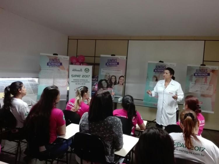 Unidade Móvel de Saúde da Mulher-1
