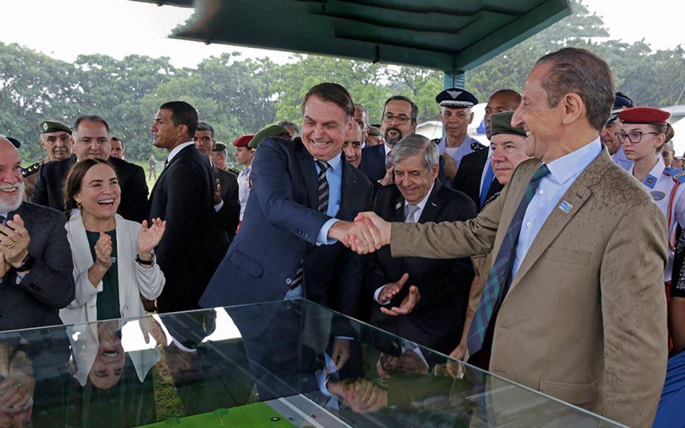 Presidentes Jair Bolsonaro e Paulo Skaf lançam pedra fundamental do Colégio Militar de São Paulo