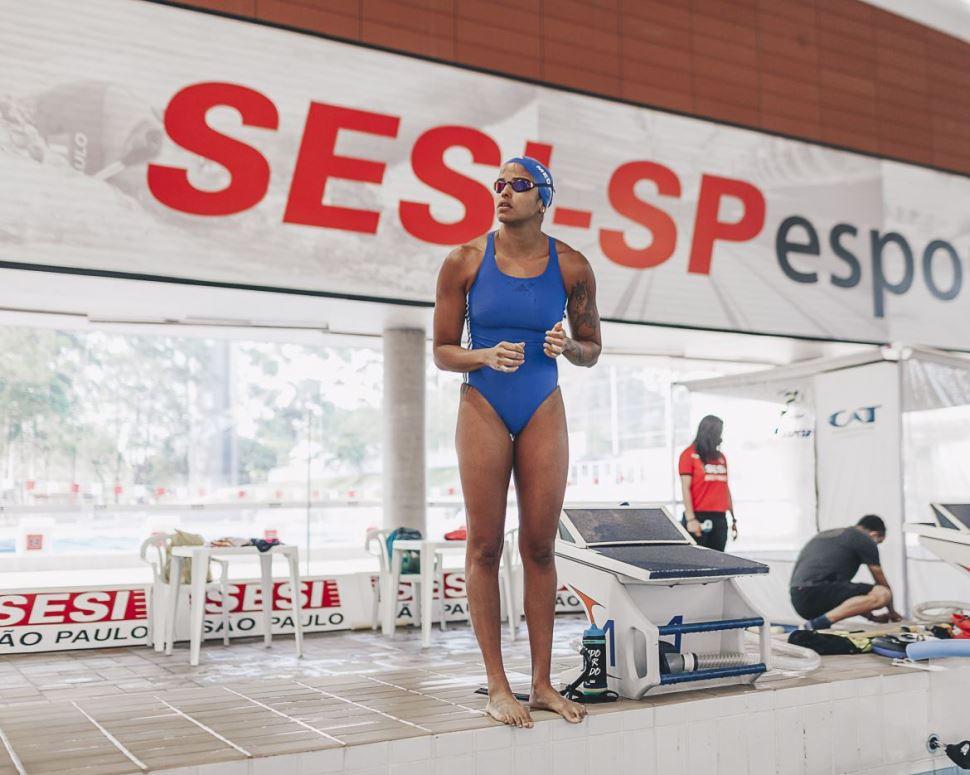 Etiene Medeiros é eleita melhor nadadora brasileira da década