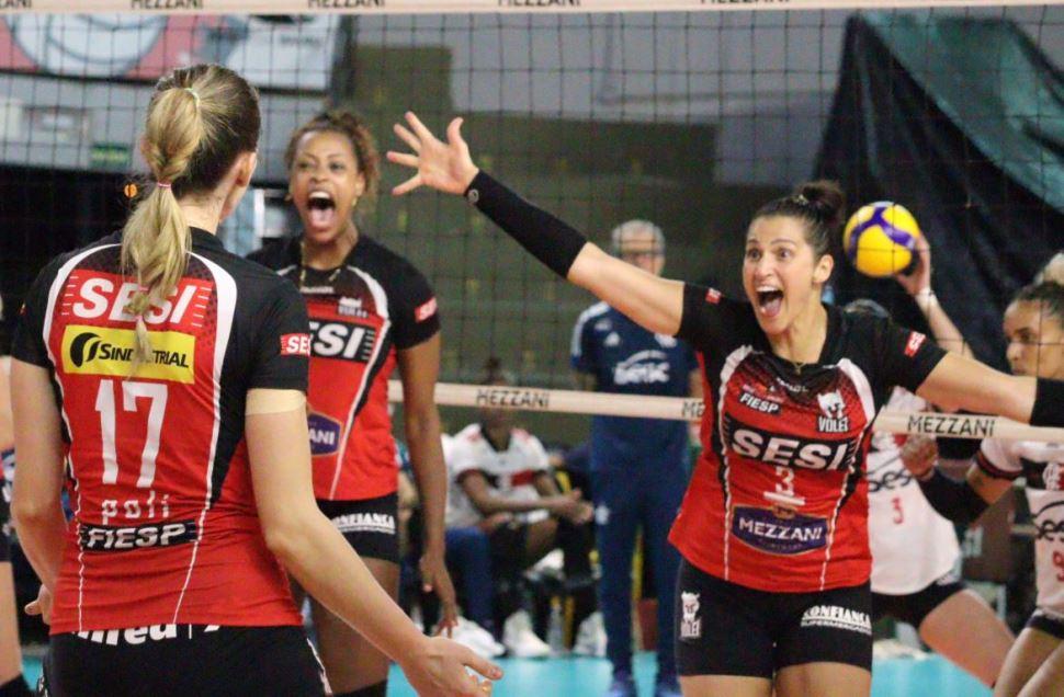 Sesi Vôlei Bauru vence Sesc/Flamengo e sobe para o G4 da Superliga
