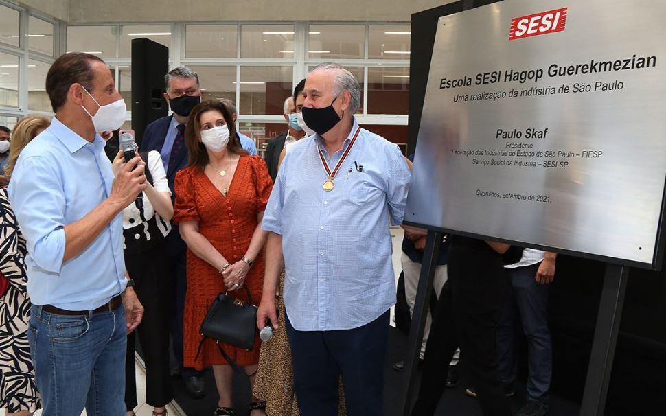 Em Guarulhos, Skaf inaugura nova escola do Sesi-SP e assina convênio com prefeituras