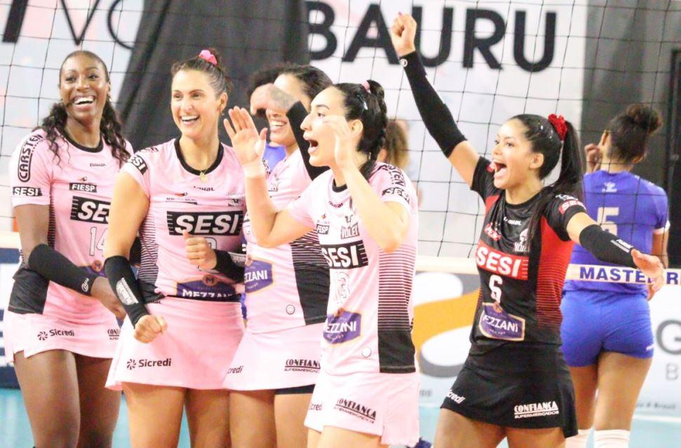 Sesi Vôlei Bauru vence Barueri na estreia das semifinais do Paulista