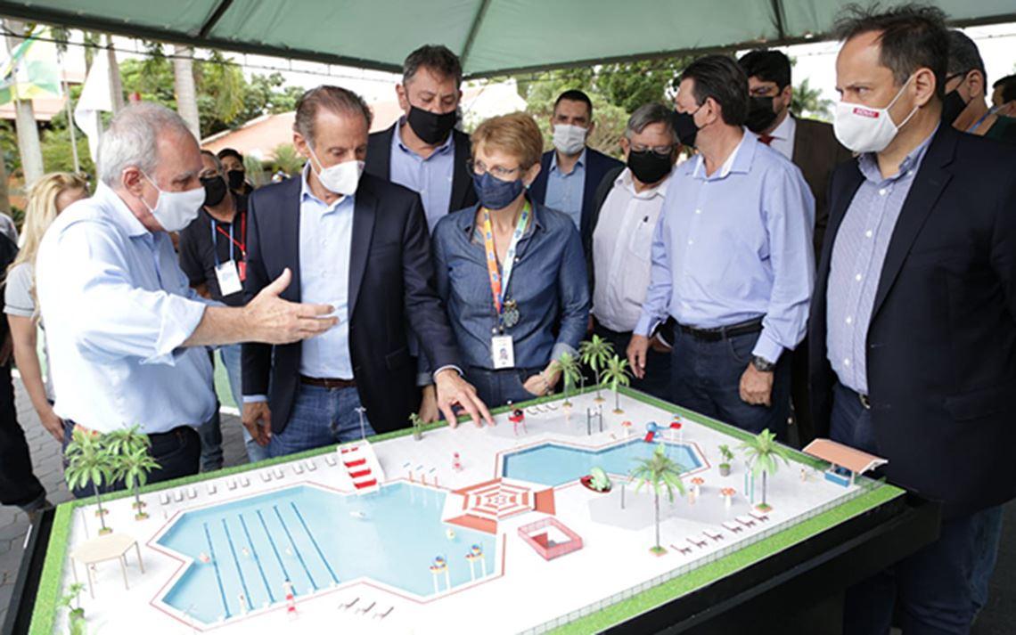 Em Ourinhos, Paulo Skaf anuncia construção do primeiro parque aquático do Sesi-SP
