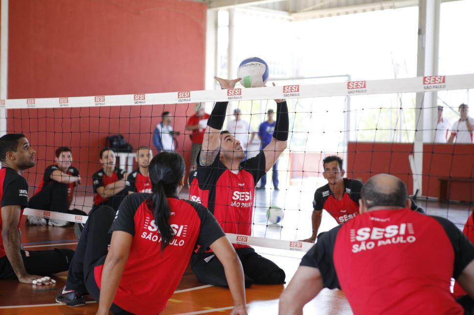Sesi-SP comemora o Dia Nacional do Atleta Paralímpico desenvolvendo o paradesporto há 10 anos
