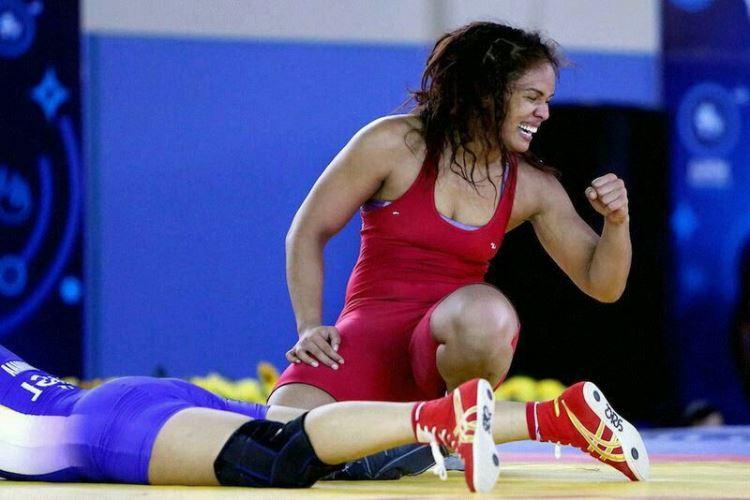 Aline Silva luta olímpica