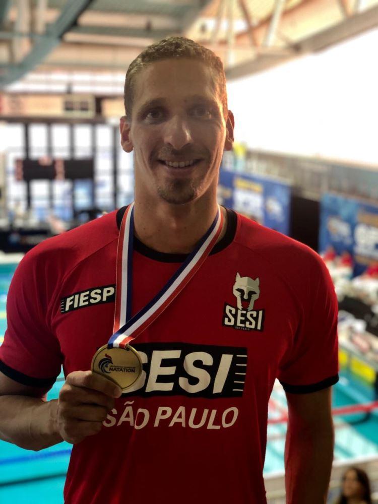 Raphael medalha na França