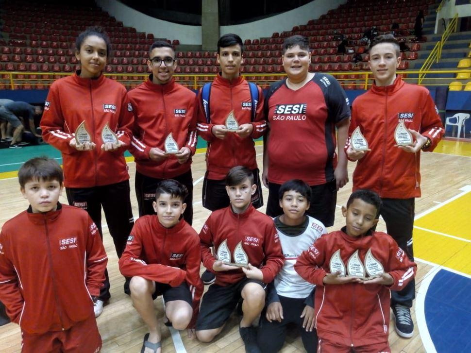 Equipes de Badminton do Sesi-SP conquistam 19 medalhas em Campeonato Paulista