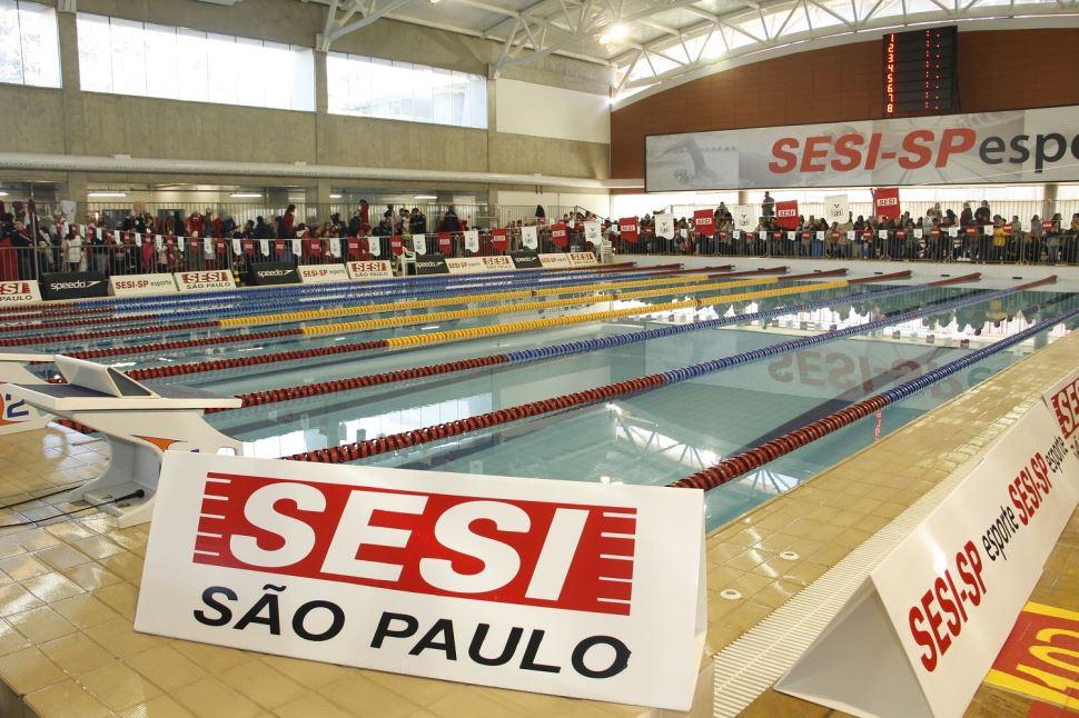 Última etapa estadual da Liga Sesi-SP Treinamento Esportivo reuniu mais de 550 nadadores no Sesi São Bernardo
