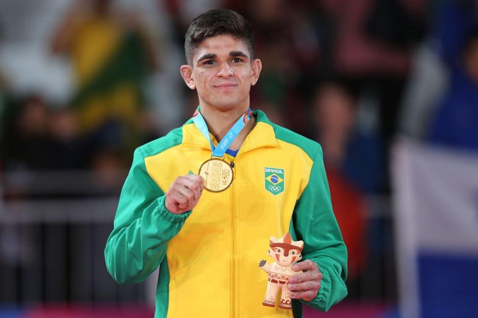 Estreante em Pan-Americano, judoca Renan Torres fica com o ouro