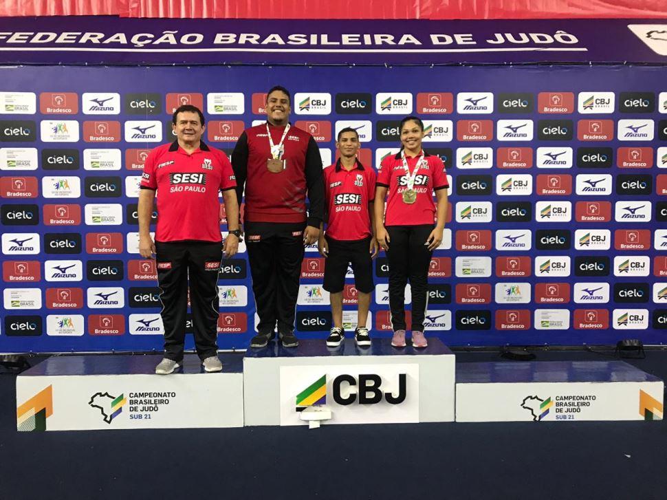 Judocas do Sesi-SP conquistam duas medalhas no Brasileiro Sub-21 e se preparam para Troféu Brasil e Mundial Sub-18