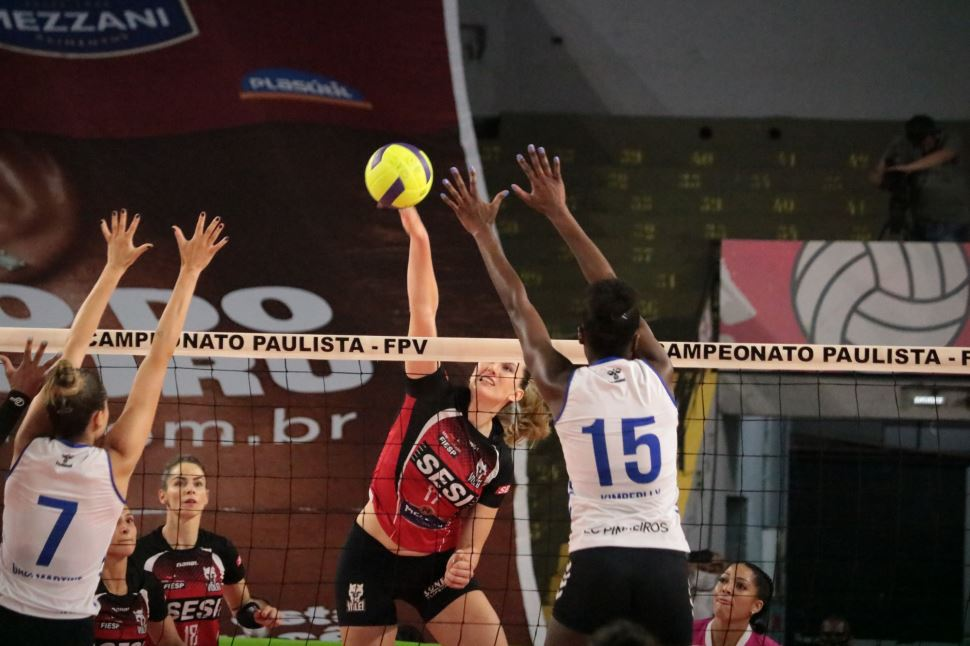 Sesi Vôlei Bauru vence Pinheiros e vai à final do Paulista pela segunda vez