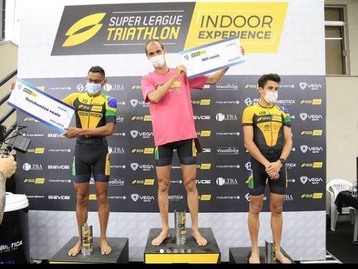 Colucci fica com o ouro enquanto Messias e Luisa garantem a prata do Super League Triathlon Indoor Experience