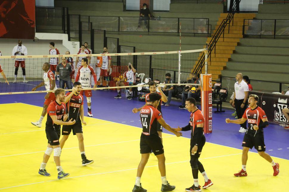 Sesi-SP se recupera em quadra e vence equipe de Blumenau na Superliga masculina