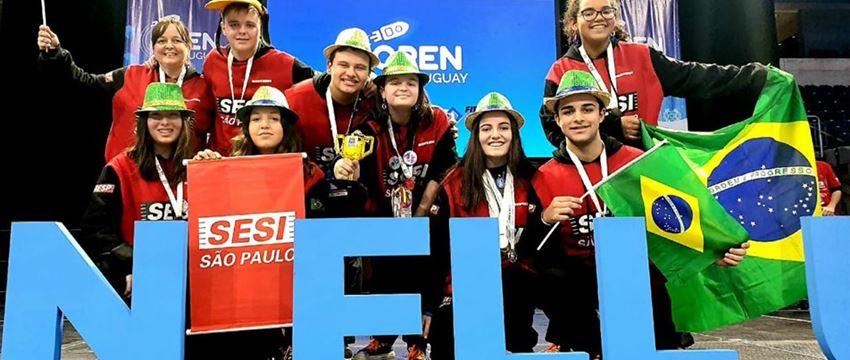 Sesi-SP ganha três prêmios em torneio internacional de robótica disputado no Uruguai