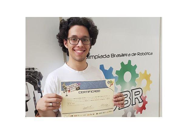 Aluno do Sesi São Caetano conquista medalha na Olimpíada Brasileira de Robótica