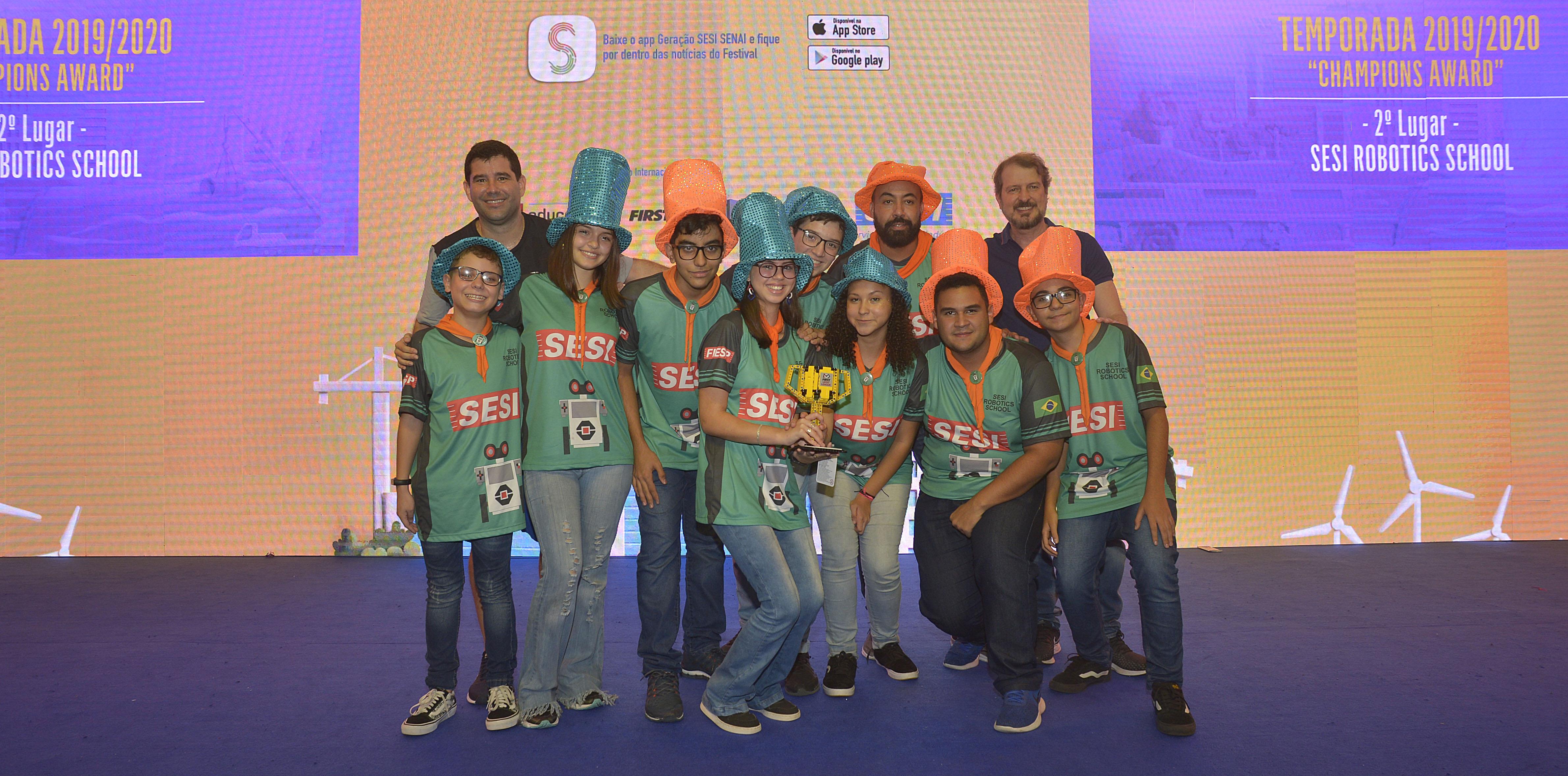 Equipe Robotics School, da escola SESI de Ourinhos
