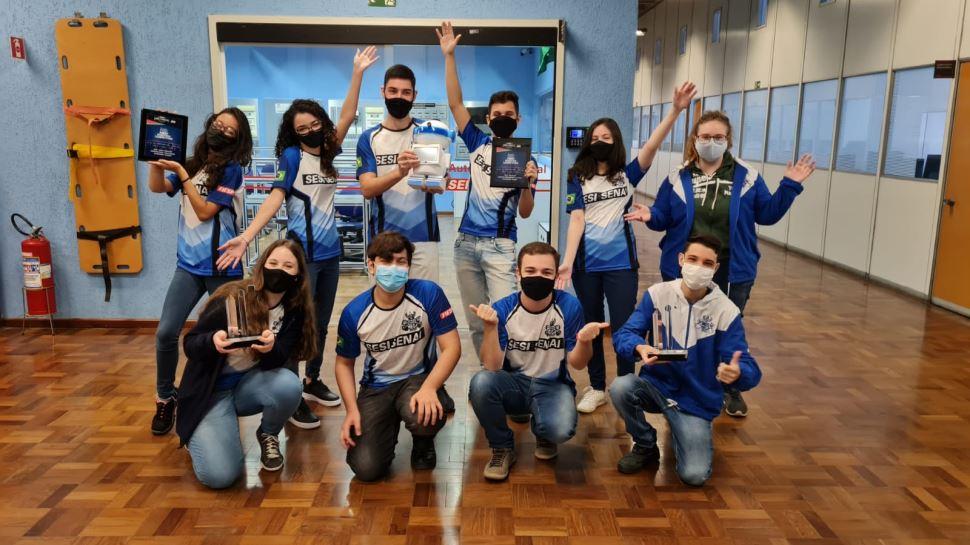 Com robô personal trainer, alunos do Sesi e Senai de Jundiaí (SP) concorrem a prêmio internacional de inovação