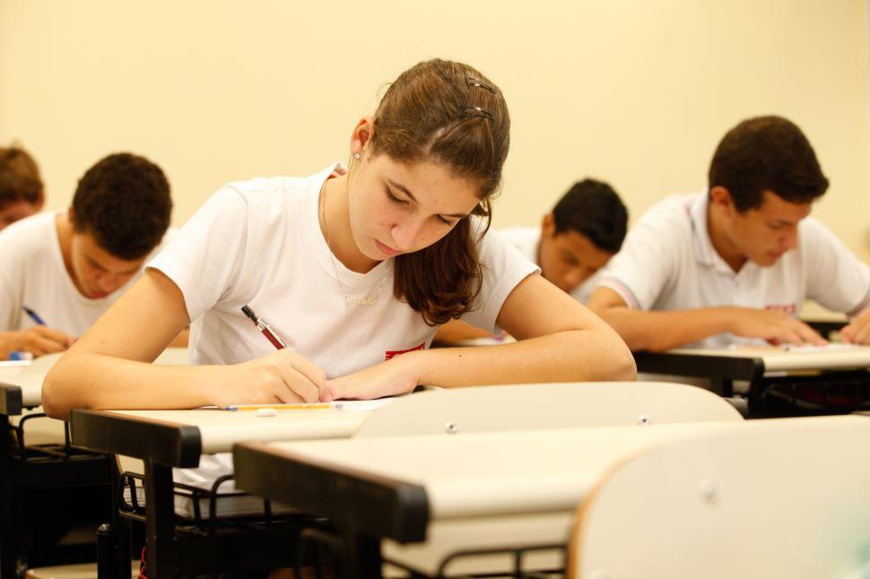 ENEM 2020: especialista do SESI-SP e ex-aluna comentam o exame