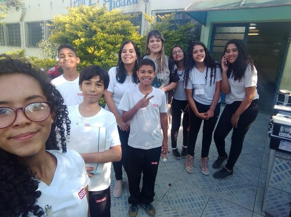 Equipe de Robótica MaXbots do SESI-SP de Suzano compartilham seus conhecimentos com alunos de escola pública